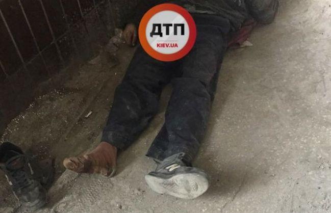 """""""Причиною смерті чоловіка під лікарнею…"""": Стало відомо чому помер безхатченко, якому відмовились надавати допомогу"""