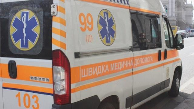 """""""Помер на місці"""": У центрі Львова чоловік випав з вікна, що ж трапилося?"""