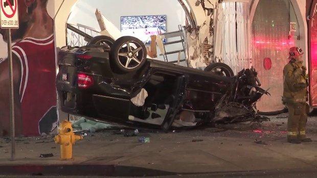 """""""П'яний водій тікав…"""": В страшній аварії розбилась відома українська модель з подругою"""