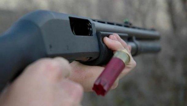 У Луцьку озброєний чоловік влаштував стрілянину