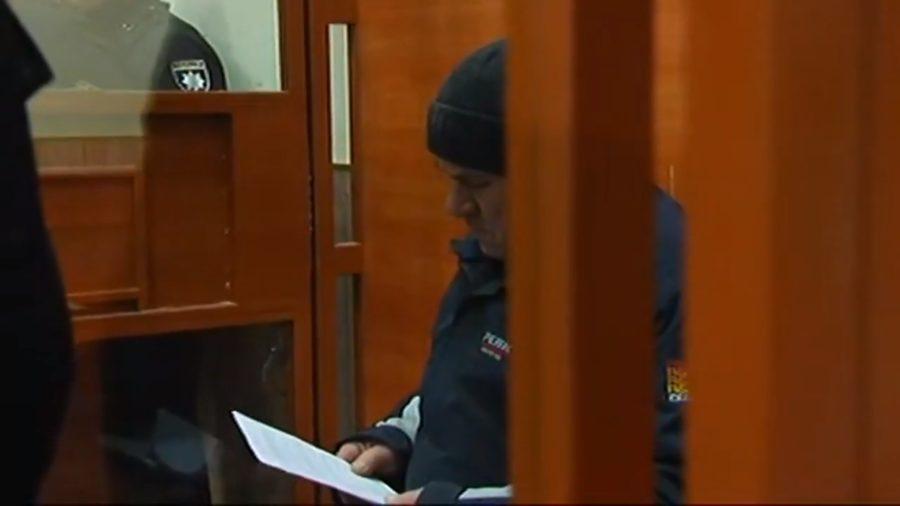 Ви тільки погляньте на цей погляд: Перші кадри з суду над підозрюваним у вбивстві Ірини Ноздровської