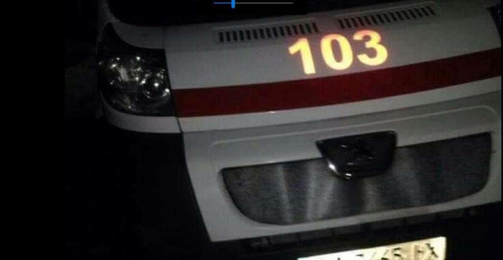 """""""Він був синій і з рота йшла піна"""": у Києві лікарі побили людину і кинули на вулиці"""