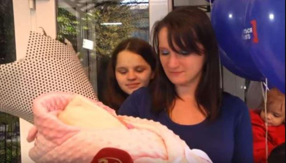"""""""Такого повороту не очікували"""": 12-річна породілля з Борислава нарешті зізналась, хто батько її дитини"""