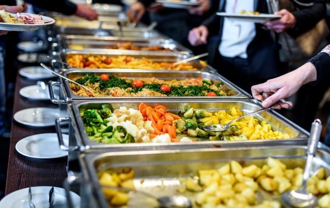 Від 30 до 300 гривень: Як харчуються депутати у їдальні Верховної Ради