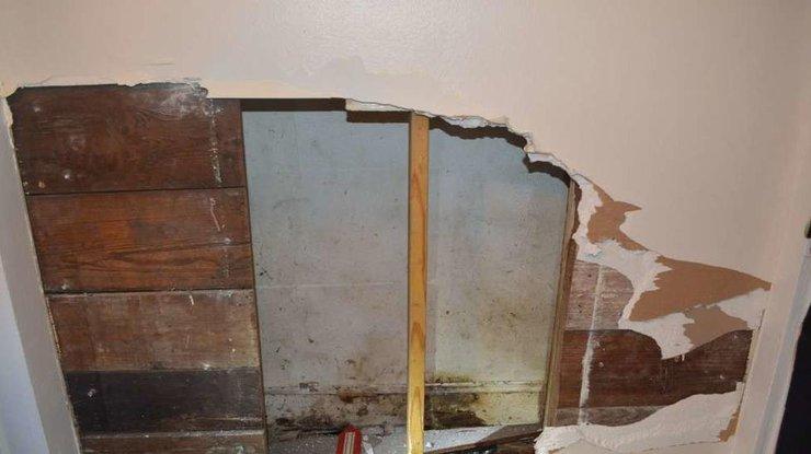 """""""Жахлива смерть у власному будинку"""":  Пенсіонерка застрягла між стінами і за 3 роки перетворилася на…"""