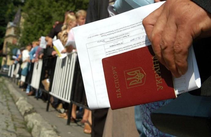 """""""Час рахуватиметься від моменту перетину кордону…."""": З нового року нові правила на роботу для заробітчан"""