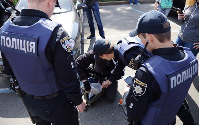 Поліція нова – методи старі: Прокуратура провела 35 обшуків у правоохоронців