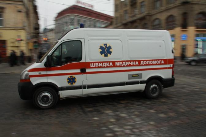 """""""Довелось чекати більше години"""": У Львові померла жінка, яка так і не дочекалася на допомогу медиків"""