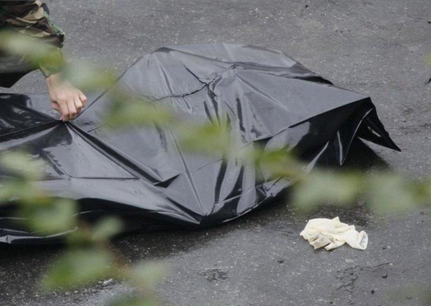 В руслі річки було виявлено тіло невідомого чоловіка