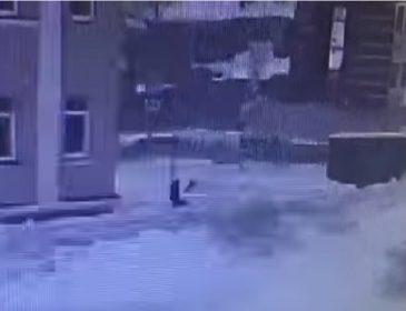 """""""А потім подзвонив дружині і…"""":  Вітчим зарізав зґвалтовану 16-річну дівчинку (відео)"""