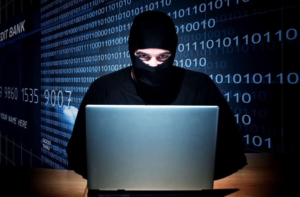 У Польщі затримали українського хакера, який вкрав сотні мільйонів доларів
