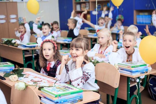 Вже з вересня цього року! Батьки готуйтесь, в Україні затвердили нові правила для школярів