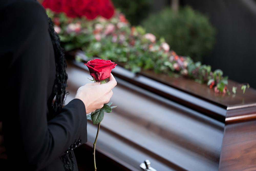 """""""Я побачив її останню сльозу"""": В сім'ї відомого українського співака сталося велике горе, він втратив найдорожчу"""