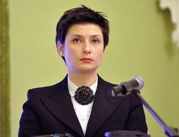 """""""Замінила на посаді Ірину Геращенко, а зараз…"""": Що відомо про колишнього прес-секретаря президента, Ірину Ванникову"""