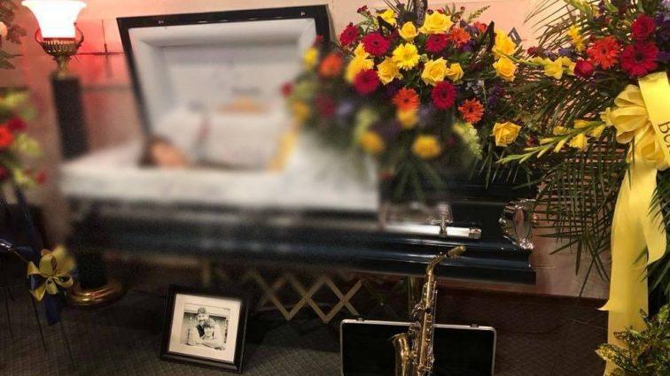 """""""Мати виклали фото сина в домовині, аби ті хто…"""": Смерть 12-річного хлопчика сколихнула Мережу"""