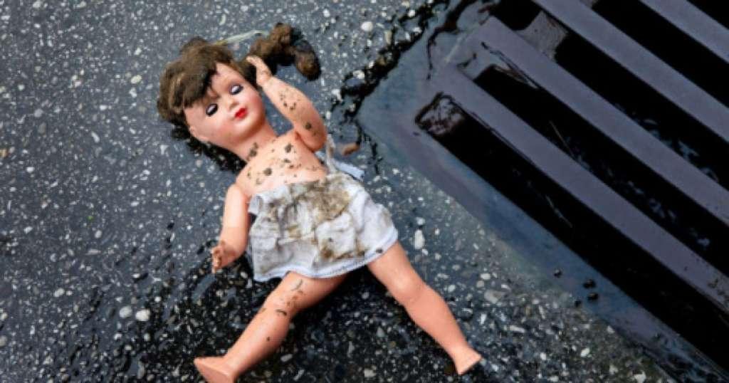 Звіряче вбивство 2-річної дівчинки: Судмедексперт розповів вражаючі деталі злочину