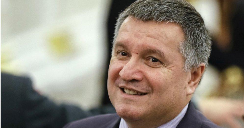 """""""Ми теж прикрутили"""": Аваков прокоментував свій скандальний жарт про розгін наметового містечка біля будівлі Верховної Ради"""