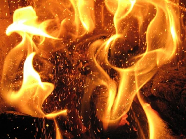 """""""З вікон йшов густий дим, а в кімнаті…"""": Пожежа забрала життя трьох людей"""