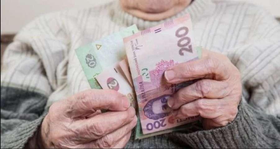 Перші кошти почнуть отримувати вже в березні: Павло Розенко повідомив, коли чекати підвищеної пенсії