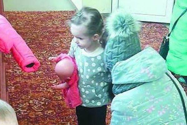 """""""Дізналась, що за ніч з """"цією леді"""", він заплатив 3 тисячі грн…"""": 38-річний батько залишив дружині, двох спільних дітей, а також дитину від попереднього шлюбу"""