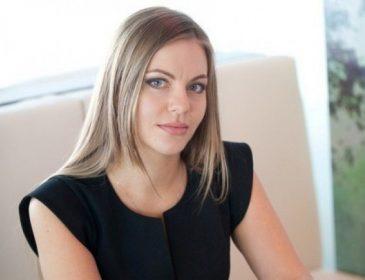 """""""Її чоловіка підозрюють у зв'язках із Януковичем"""": Що відомо про одну з найспокусливіших молодих депутаток, Олену Сотник"""