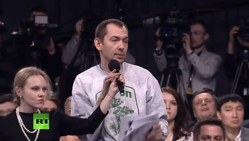 Питання, які доводили до сказу Путіна і красуня-дружина: Що відомо і чим займається зараз найскандальніший український журналістРоманЦимбалюк