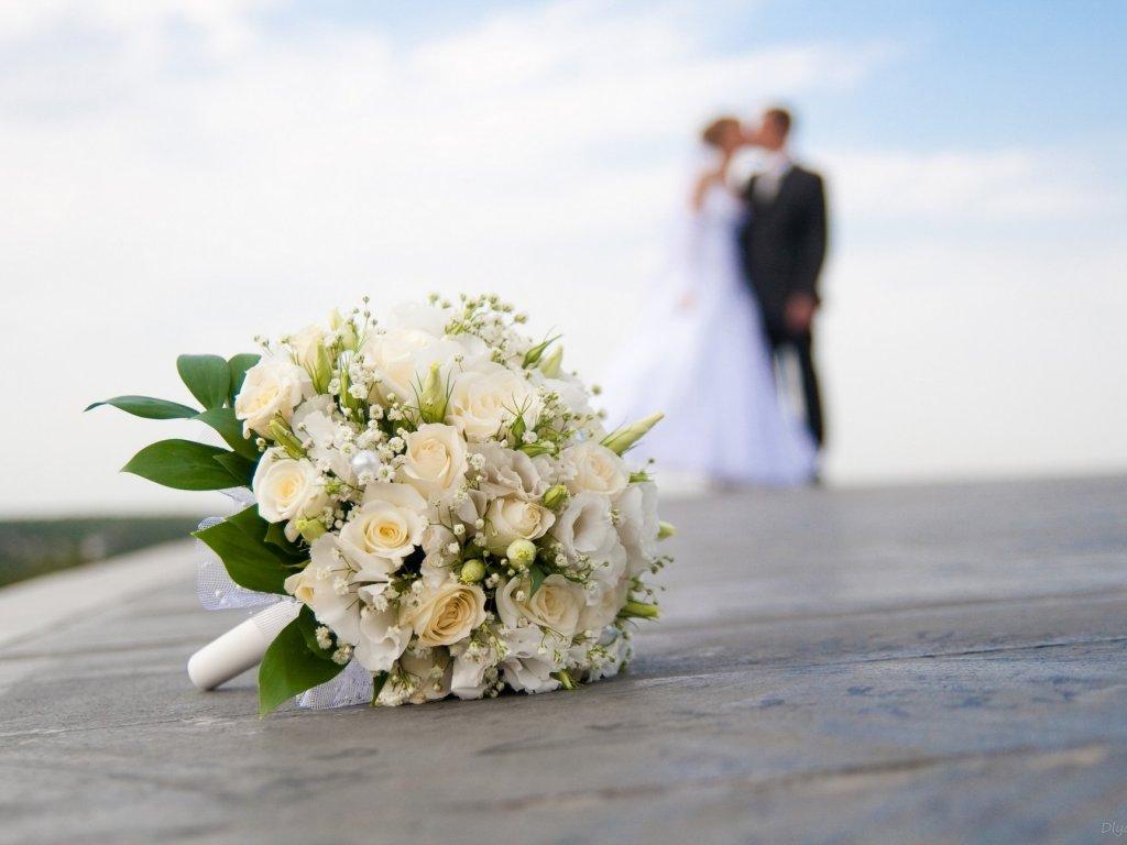 """""""Щаслива бути дружиною кращого чоловіка в світі"""": Скандально відома депутат Верховної Ради вийшла заміж"""