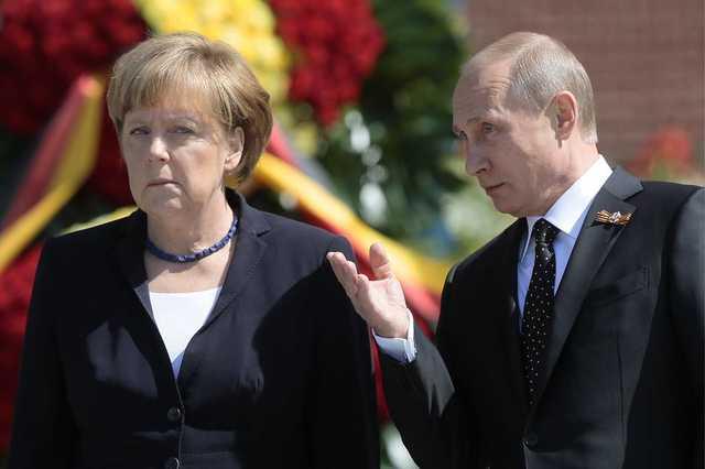 Перед зустріччю з Порошенком: Для чого Меркель дзвонила Путіну