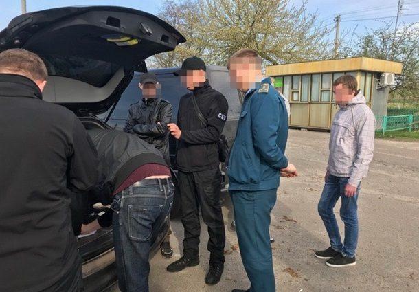 Хабарництво на митниці: СБУ «на гарячому» затримала чиновника
