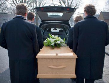 Могильна реформа: Що треба знати про нові правила поховання для українців