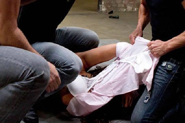 """""""Спочатку згвалтували, а потім забили до смерті"""": Жорстоке вбивство молодої дівчини сколихнуло соцмережі"""