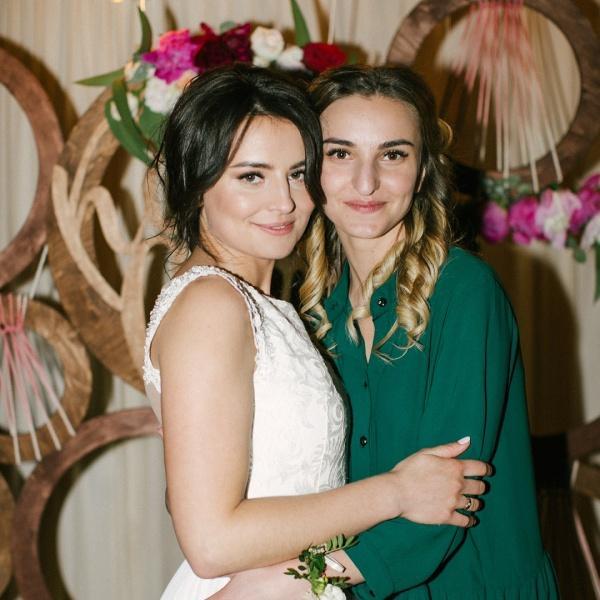 """""""Моя маленька Ді…"""": Українців приголомшило послання дівчини, яка вижила в жахливому ДТП у Харкові, своїй загиблій сестрі"""