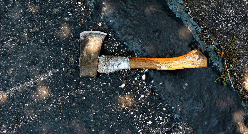 Зарізав і розчленував свого знайомого: Чоловік вирішив приховати злочин викинувши труп в сміттєвий бак