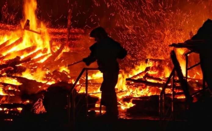 """""""Загинули в пекельних муках"""": Люди заживо згоріли в караоке"""