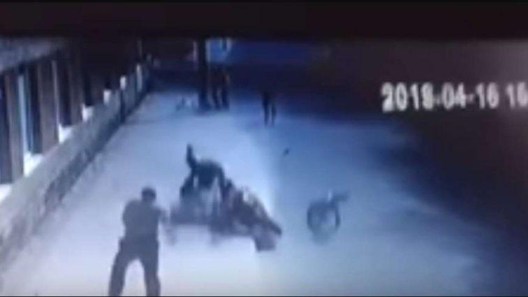 На Львівщині мотоцикліст влетів у натовп: Оприлюднено відео і фото ДТП