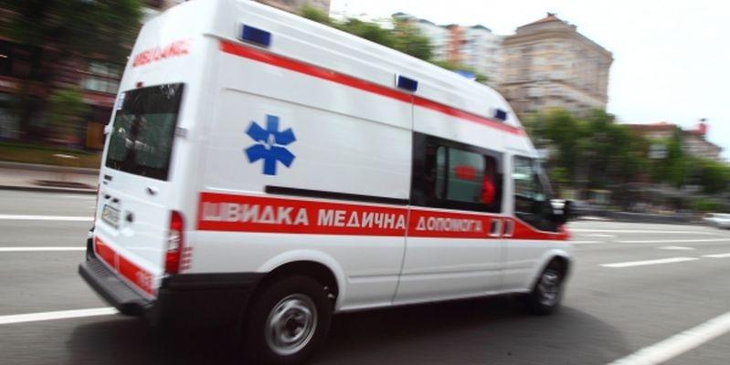 Жорстка ДТП: У Києві прямо навпроти церкви збили жінку