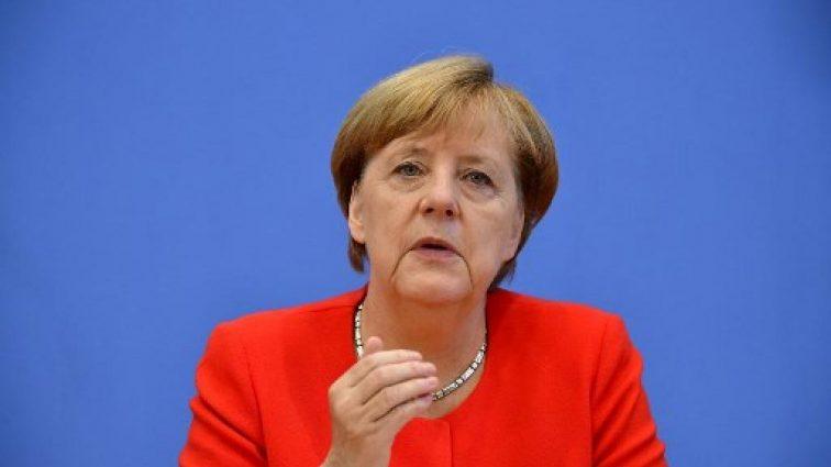 """""""Для цього потрібно багато часу"""": Меркель дала важливу обіцянку Україні"""