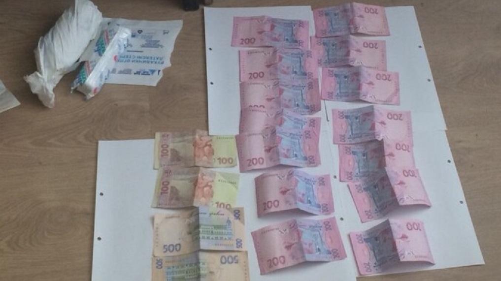 Спіймали на отриманні хабара ще одного крупного чиновника: У Тернополі прогримів скандал