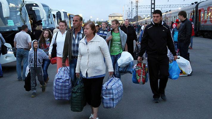 """""""Мені було стидно брати 800 гривень зарплати чиновника"""": Українці в Канаді за 3 дні заробляють більше, ніж вдома за місяць"""