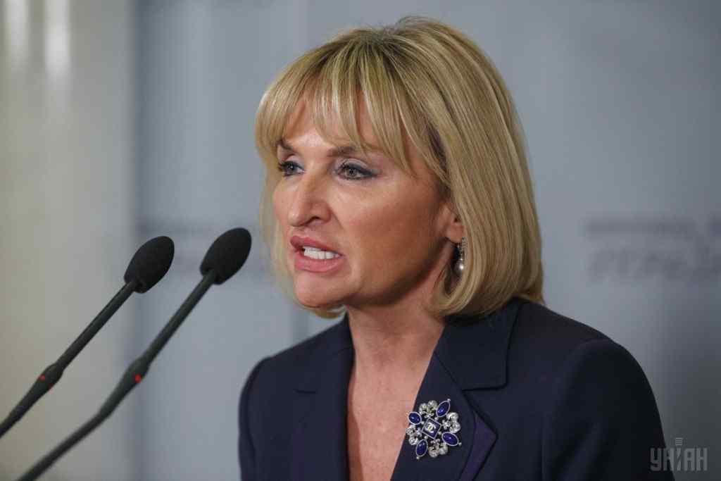 """""""Щоб убезпечити Україну від хаосу, від паніки, від отруєння"""": Ірина Луценко звернулася до Кабміну"""