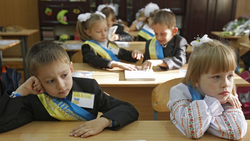 """""""Не змушуватимуть проходити будь-які конкурси на перевірку знань"""": У Мін'юсті підписали важливий документ про прийом дітей до школи"""