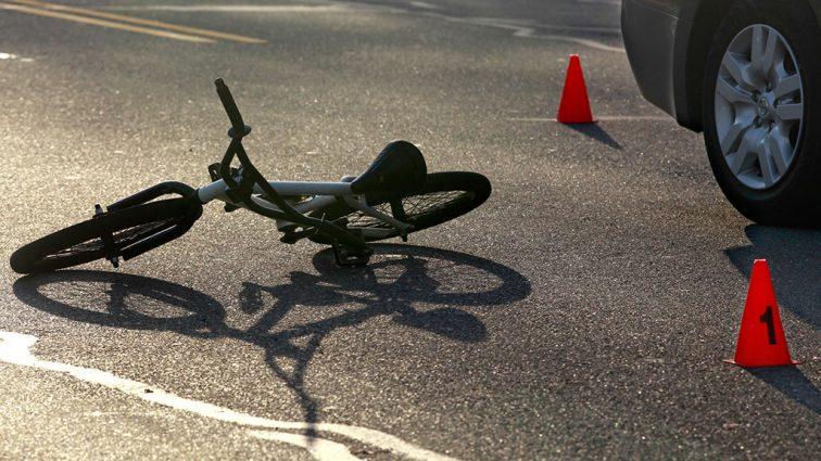 """""""Упав з велосипеда, пішов додому спати і не прокинувся"""": На Львівщині трагічно помер 11-річний хлопчик"""