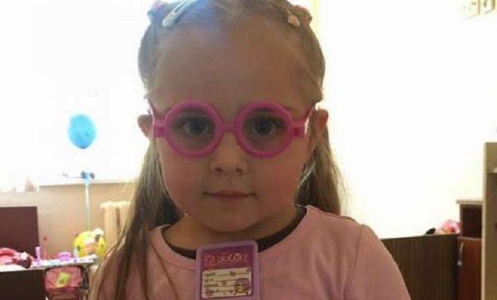 """""""Якщо нічого не зміниться, її чекає дитбудинок"""": В Київській лікарні вже 4 місяці мешкає сама маленька дівчинка. Від неї відмовилися навіть рідні"""