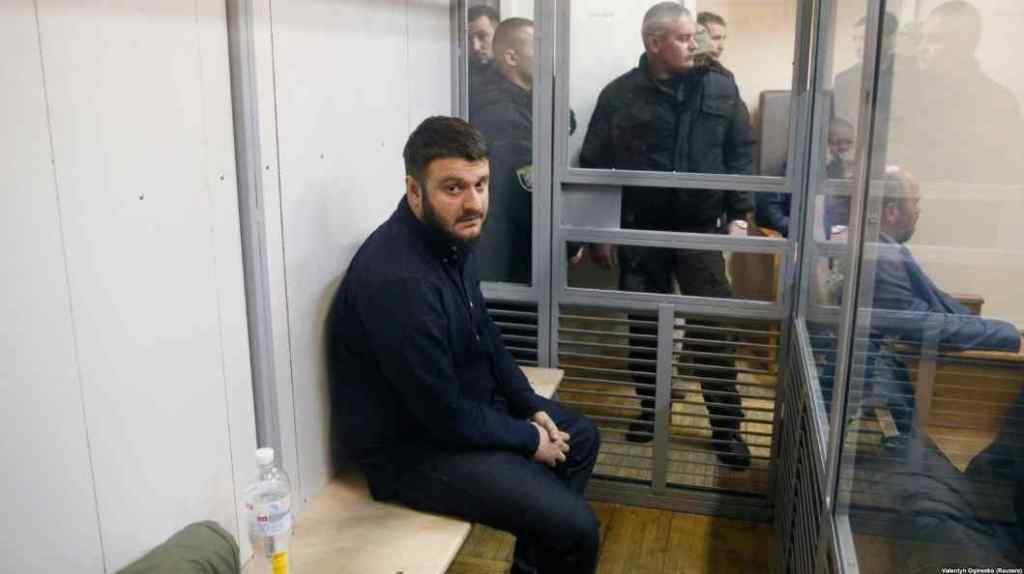 «Любитель марихуани, азартних ігор і кримінальних оборудок»: За що проти сина Арсена Авакова порушили розслідування