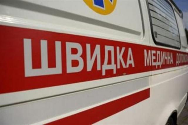 «Звичайно, ви коли-небудь помрете, як і всі інші»: оператор швидкої допомоги посміялася з жінки, яка вмирала