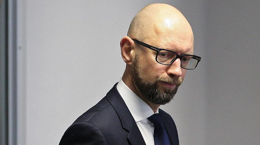 """""""Організовували голосування за гроші…"""": Подробиці брудної кампанії проти Яценюка"""