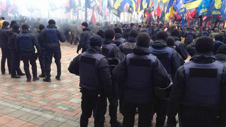 """""""Це розколе Україну навпіл, бо…"""": Мер одного з міст зробив гучну заяву"""