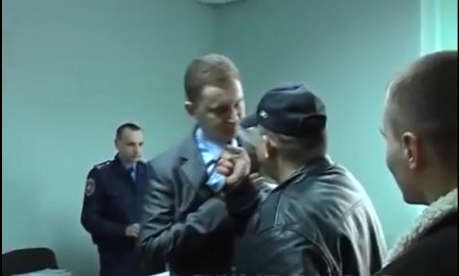 """""""Пам'ятаєте прокурора, якого Сашко Білий тягав за краватку.."""": Громадський активіст зробив емоційну заяву на адресу Таргонія"""