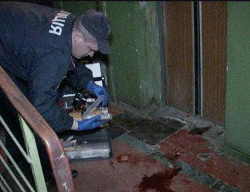 Всередині знаходилося троє людей, в тому числі восьмирічна дівчинка: в житловому будинку обірвався ліфт