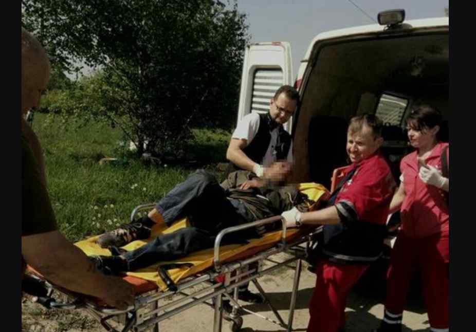 """""""Його паралізувало і він пролежав у полі 4 дні"""": Нові деталі порятунку іноземця, якого знайшли на Львівщині"""